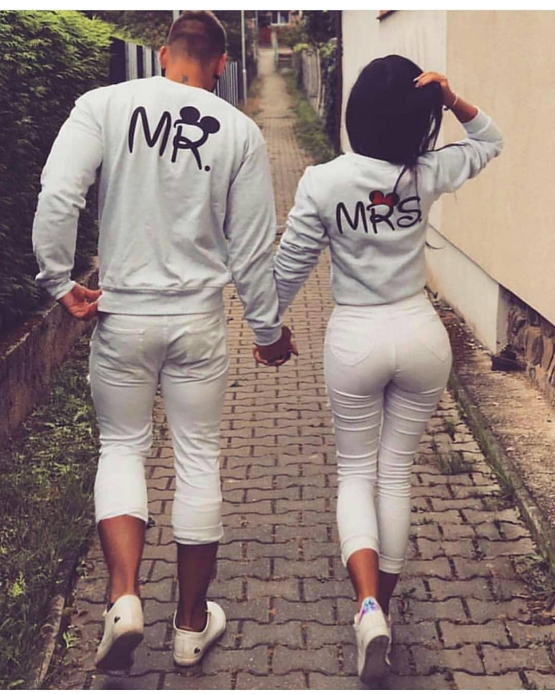 Couple amp; Mr Sweatshirts Mrs