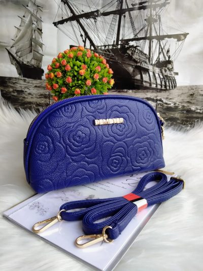 D Style Clutch